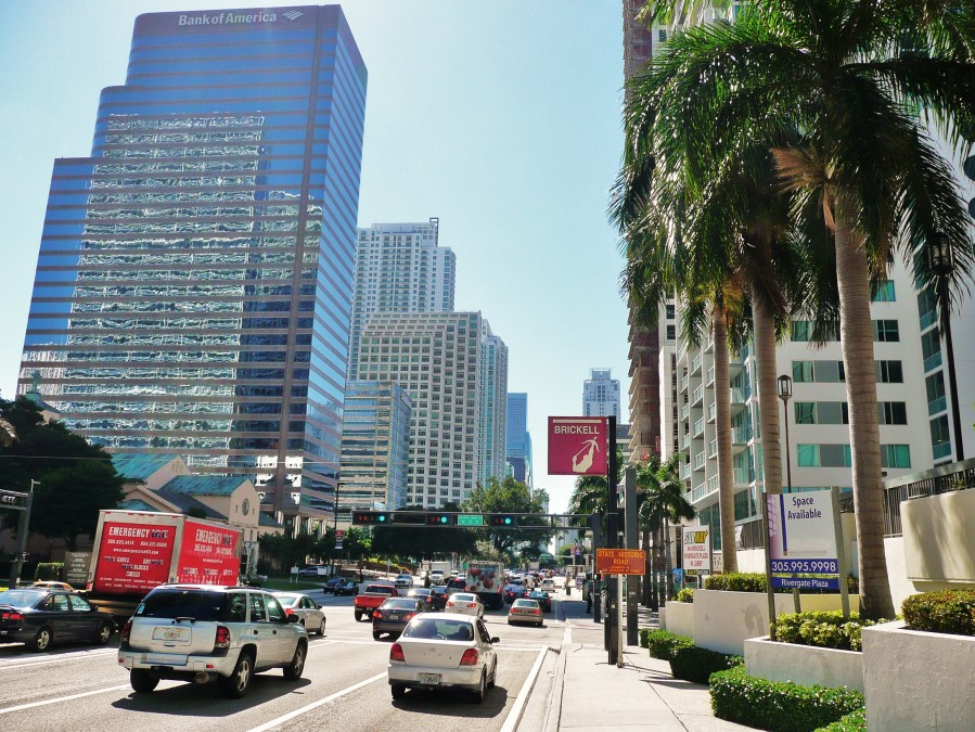 brickell_avenue_20100203